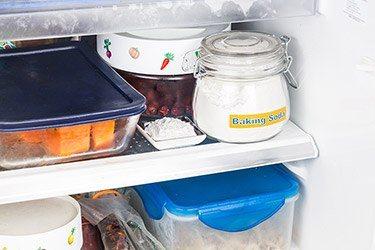 baking soda in koelkast tegen luchtjes