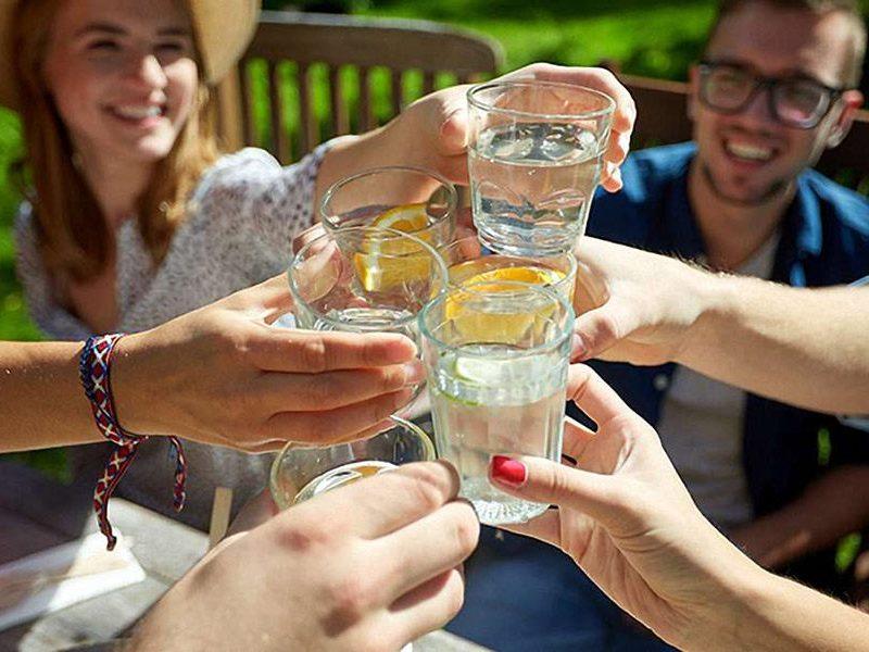 Water drinken helpt bij afvallen