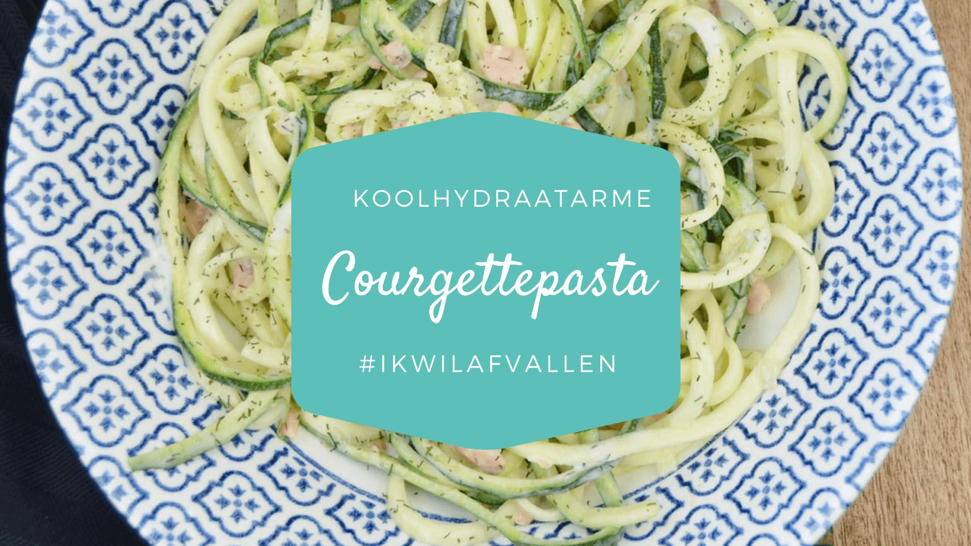 Courgettepasta met zalm en Italiaanse kruiden
