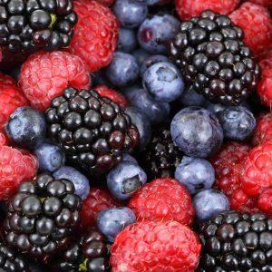 vanilecake met zomerfruit